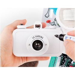 La Sardina DIY Fotocamera Analogica e Flash by Lomography